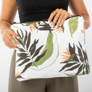 MAX PAINTED BIRDS POUCH