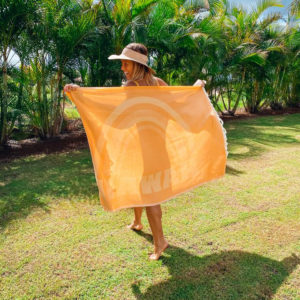 Retro Hawaii Luxurious Hawaiian Beach Towel